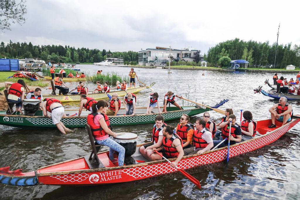 Фестиваль-гонок-на-лодках-драконах-в-Моске